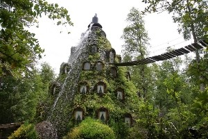 7. Montana Magica Lodge, Chile - 26 Of The Coolest Hotels In The Whole Wide World