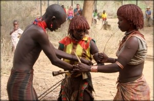 Udivitelnye-obytchai-pleme